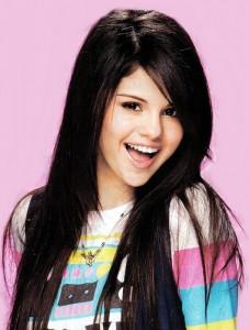 Selena-Gomez-227x300